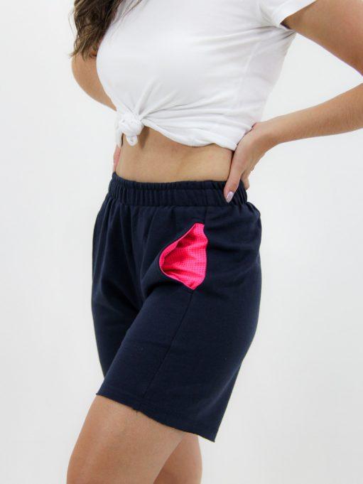 Bermuda Feminina de Moletinho Azul Marinho com Rosa Neon (3)
