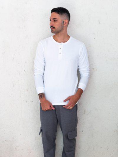 camiseta lisa manga longa branca